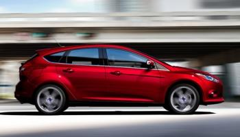 Ford Tarik 191.700  Sedan Focus dari China