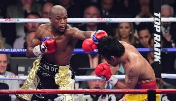 'Fight of the Century' Dimenangkan Mayweather