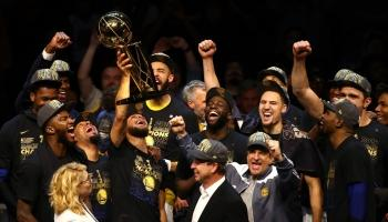Warriors Masih Haus Gelar