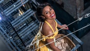Ariana DeBose Bintangi West Side Story