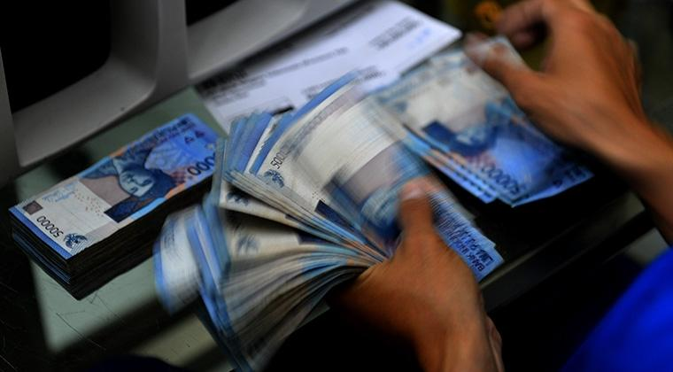 Sentimen The Fed Tahan Pergerakan Rupiah